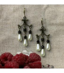 Kolczyki ze szklanych perełek