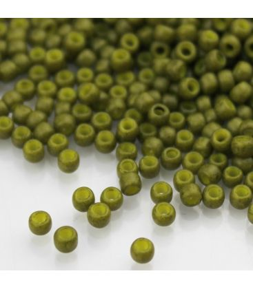 TOHO Round 8/0 Semi Glazed Olive