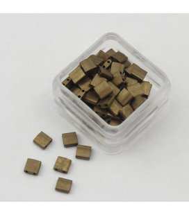 Miyuki TILA 5mm Matte Metallic Gold - 30szt