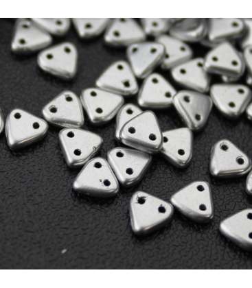 CzechMates Triangle 6mm Matte Metallic Silver - 10g