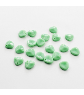 Rose Petals 8x7mm Crystal Opaque Green Turquoise - 30szt